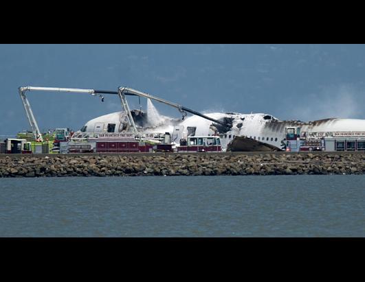 ap_plane_crash_sfo_ss3_jt_130706_ssh.jpg