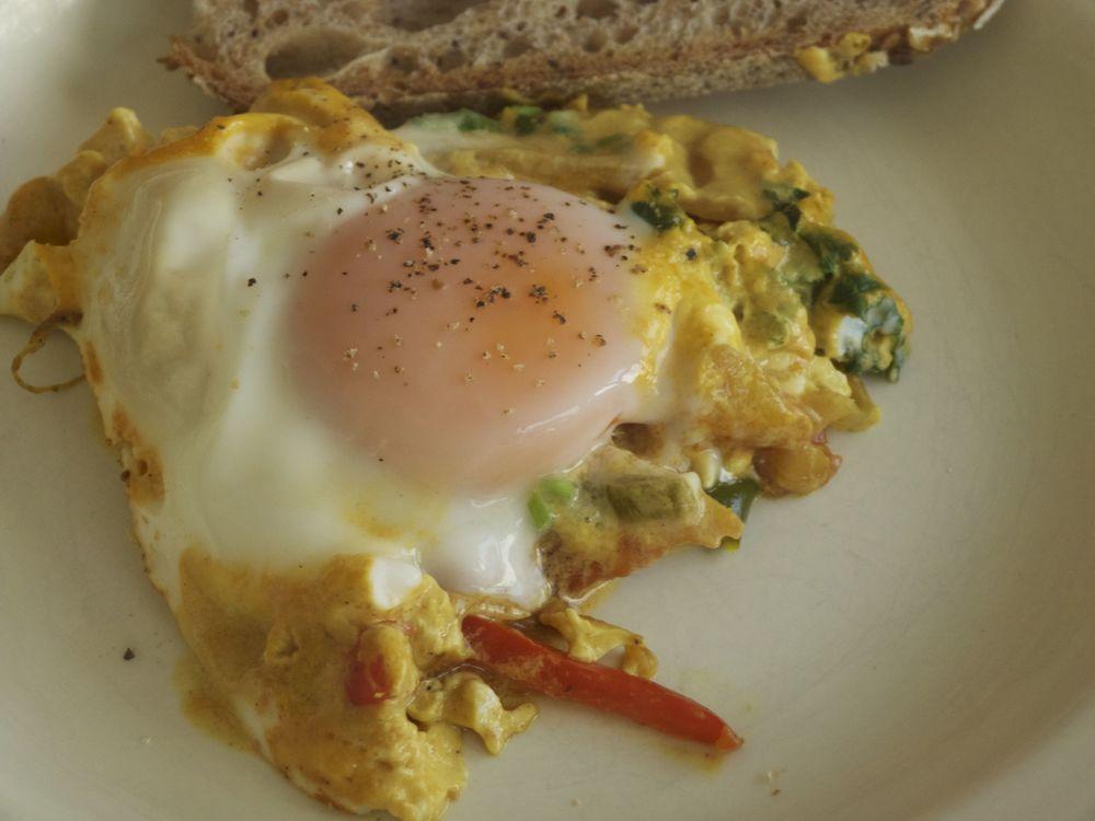 Huevos con Nata