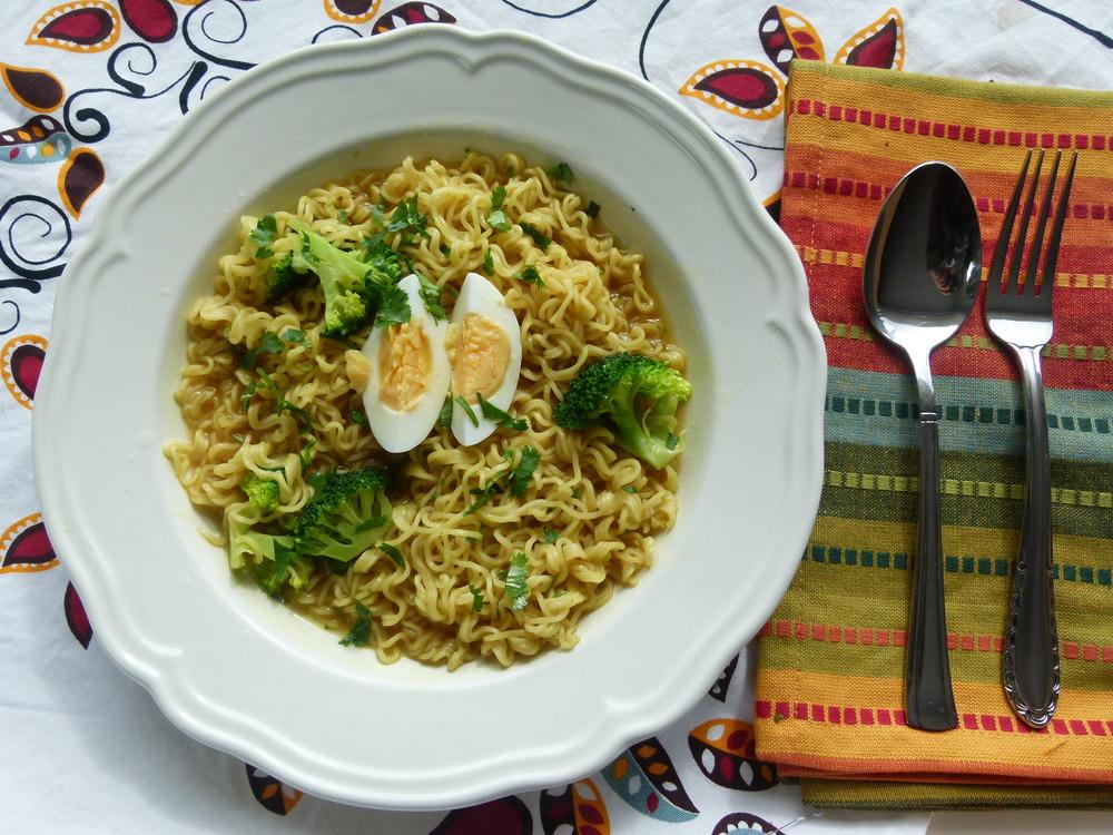 Fideos al curry