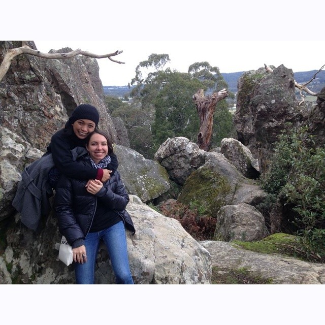 @Titijalanan and @lakotamoira at Hanging Rock #Melbourne. Girls day out! #JALANAN #Jakarta #street #busker #musical #documentary