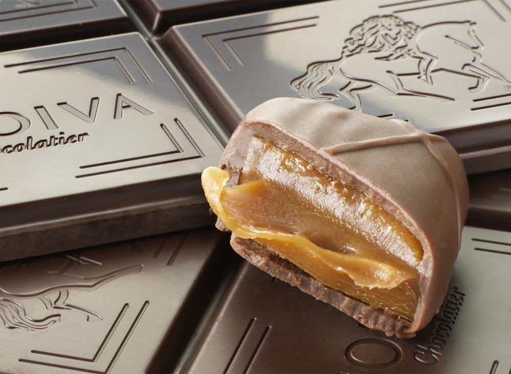 Godiva Caramel Truffle | Tony Kubat Photography
