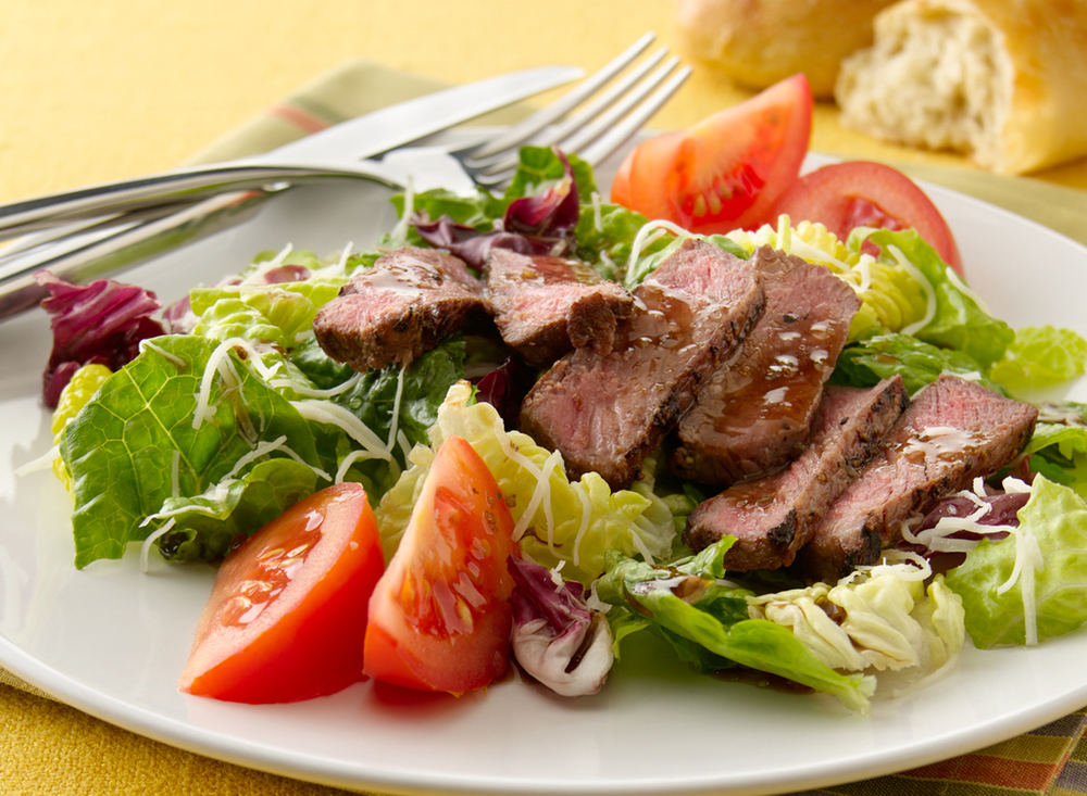 Steak Salad | Tony Kubat Photography
