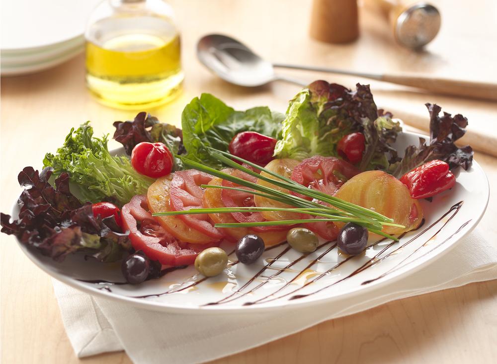 Fresh Tomato And Olive Salad | Tony Kubat Photography