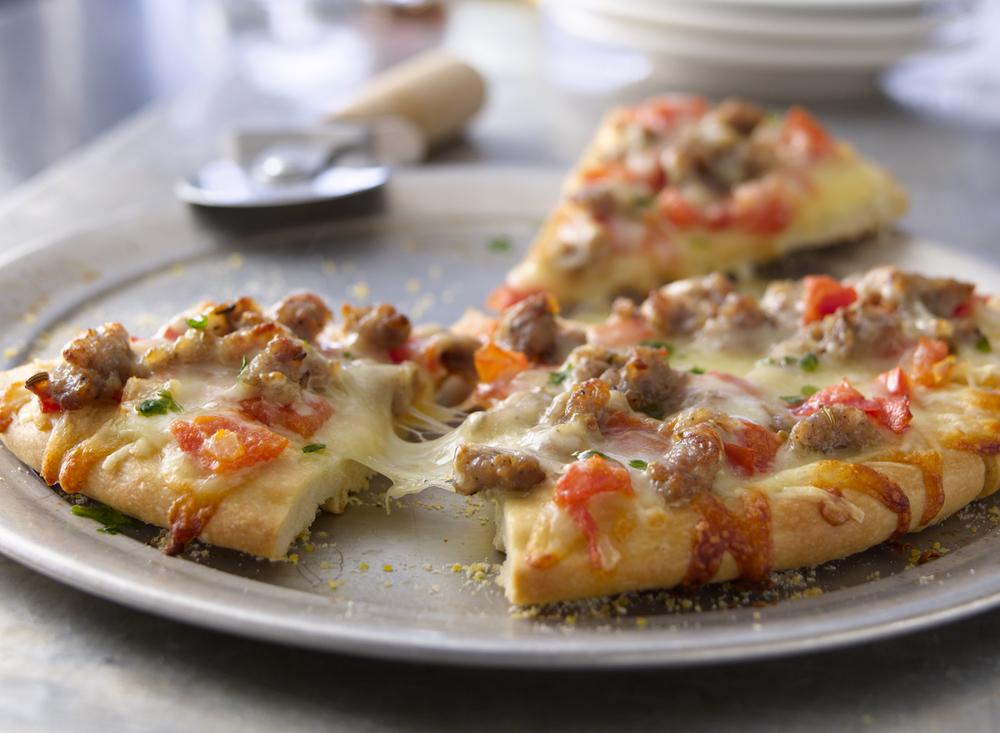 Italian Sausage Pizza | Tony Kubat Photography
