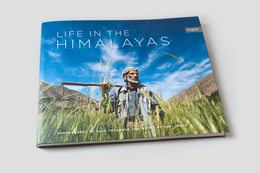 Life in the Himalayas book »