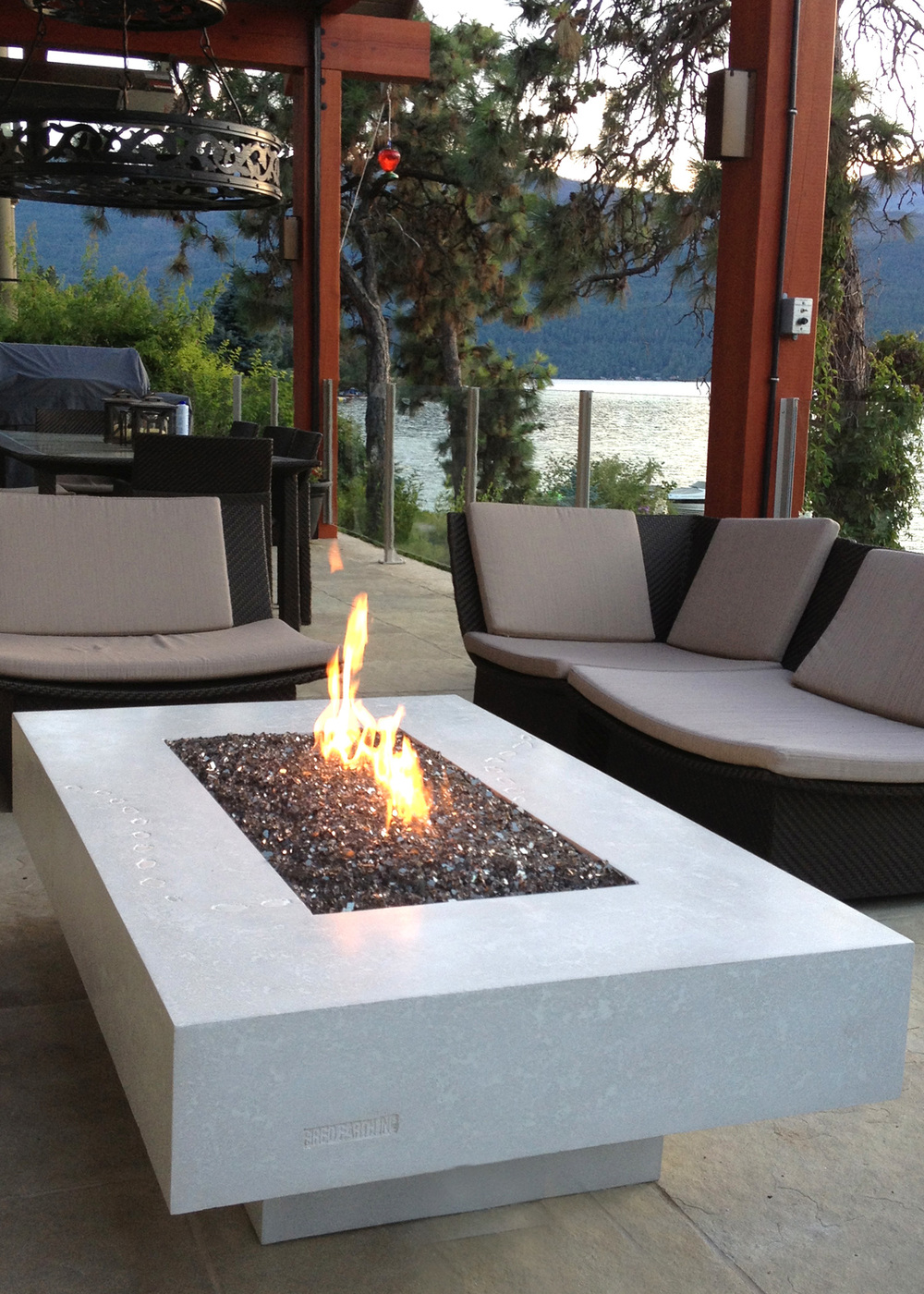 Concrete fire tables fired earth inc for Concreteworks fire table
