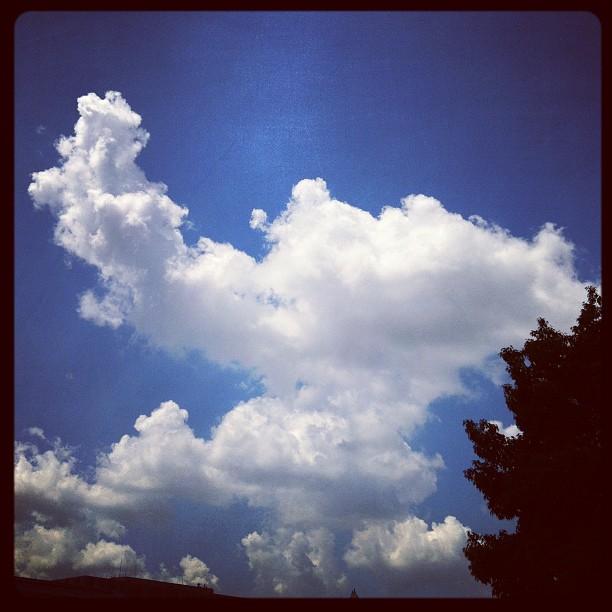Goofy cloud (Taken with  Instagram )