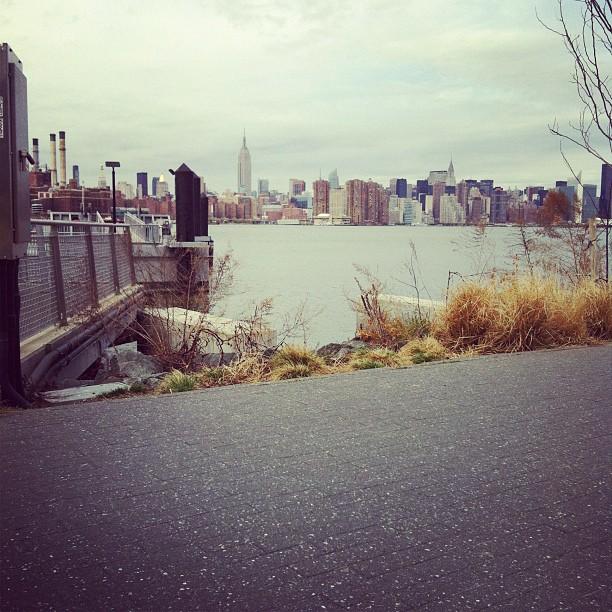 Ferry waitin' (Taken with  instagram )