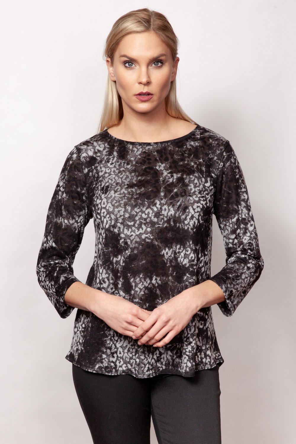 Copy of Style # 94375-19, p 5 <br/>Animal Jacquard <br/>Colors: Charcoal + 1 other