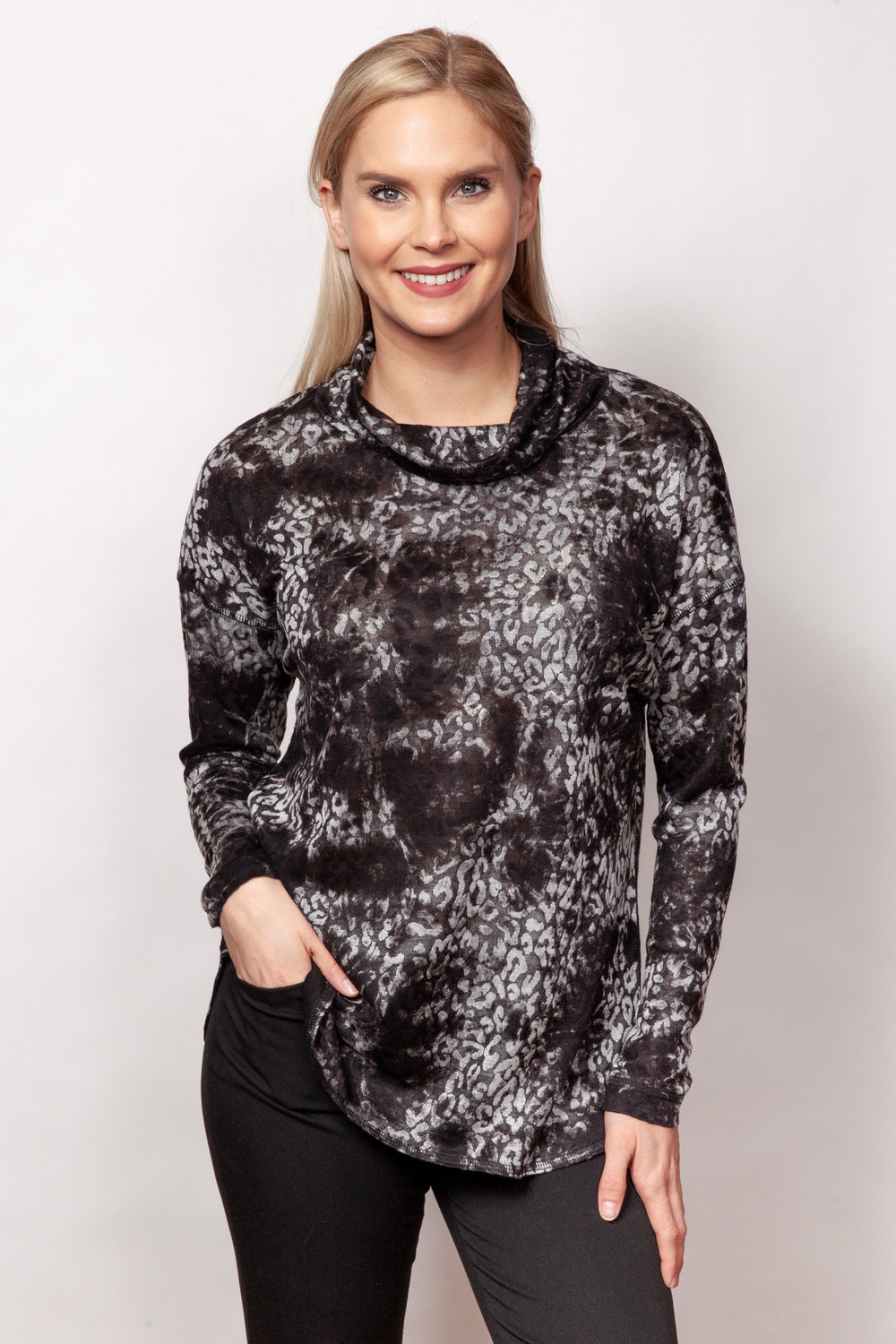 Copy of Style # 94440-19, p 5 <br/>Animal Jacquard <br/>Colors: Charcoal + 1 other