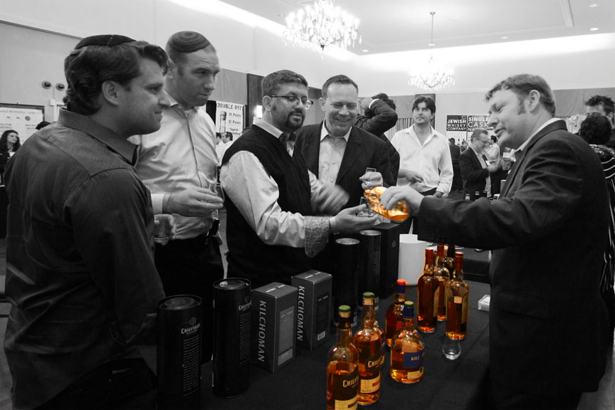 Jared Card pours Arran and Kilchoman single malts at Whisky Jewbilee 2012 in NYC