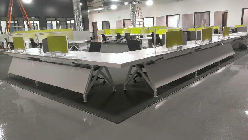 to Studio PMG for engaging Scale 1to1 to produce this amazing  Office desk workstation in green and white