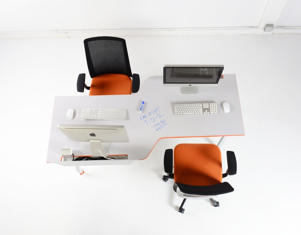 G Series Tete-a-tete collaboration Pairing stations desks