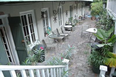 courtyard_01.JPG