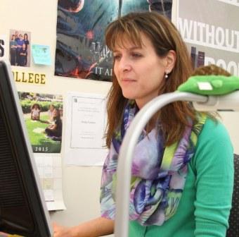 Computer lady.jpg
