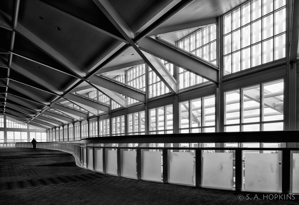 orlando_convention_center_bw.jpg