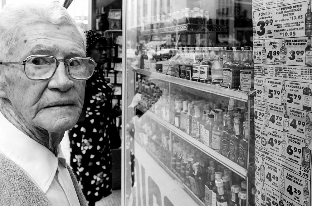 old_man_liquorstore.jpg