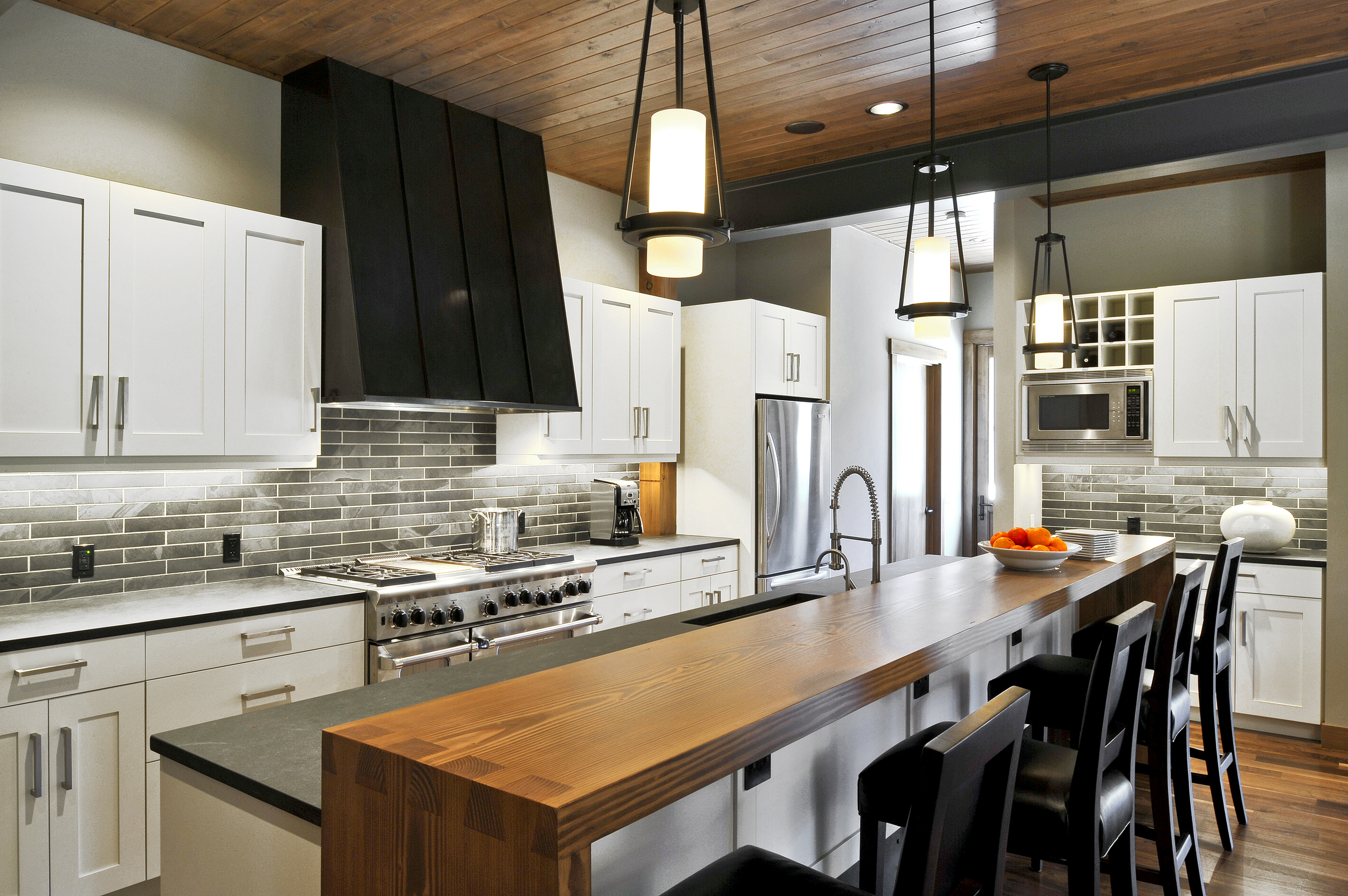 Suncadia Hyde Evans Design I Seattle Interior Design - Interior-designed-kitchens