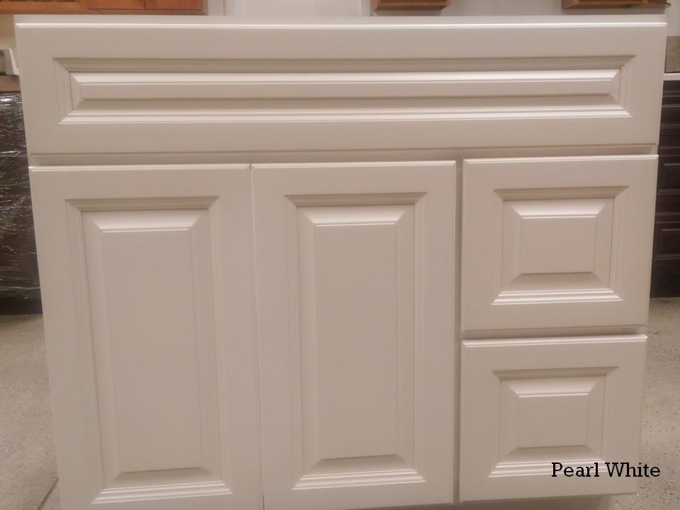 Superbe Pearl White