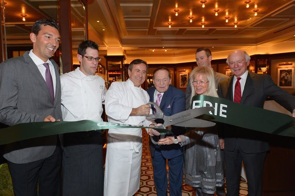Sebastien Silvestri, Chef David Middleton of  db   Brasserie , Chef Daniel Boulud, Sheldon Adelson, Dr. Miriam Adelson,  db   Brasserie  General Manager Chris Eagle (back) and Michael Levin