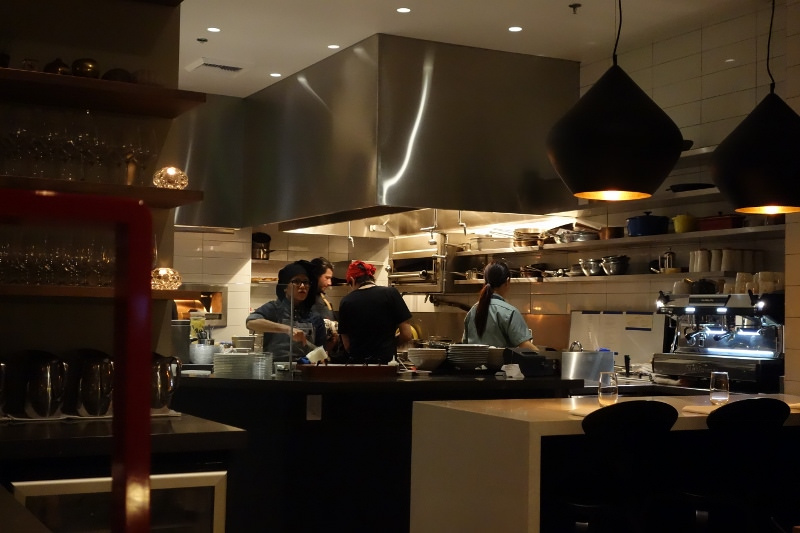 Interior restaurant setting at Orsa & Winston | FOODABLE WEBTV NETWORK
