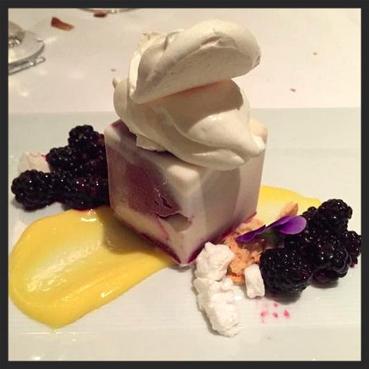 Dessert from Spago | Instagram, chloe-e-e