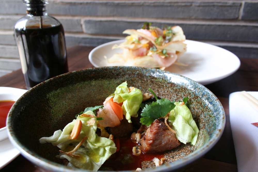Sake Social Menu: Yaki Gyutoro – Marinated Waygu Shortrib, Picked Carrot, Daikon, Gochujang, Compressed Lettuce, Fresh Bibb Lettuce, Crispy Shallots & Peanuts  | Foodable Network