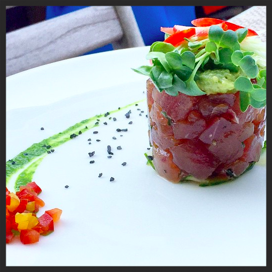 Tuna Tartare at Tutto Il Giorno (Sag Harbor location) | Instagram, @mobileeaters