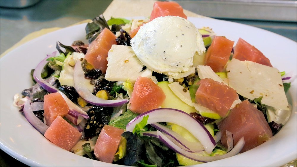 Save Drake Farm's Salad from Mendocino Farms  | Foodable WebTV Network