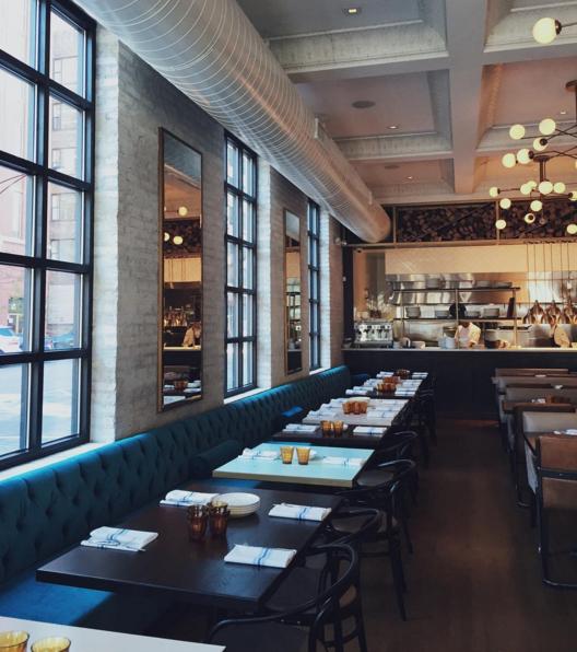 Inside Bernie's Lunch & Supper in Chicago  | Credit: Instagram @thechicagolifeblog