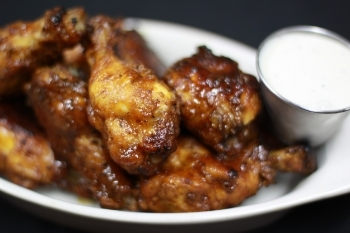 Spicy Chicken Wings | Brian Murphy for Foodable WebTV Network