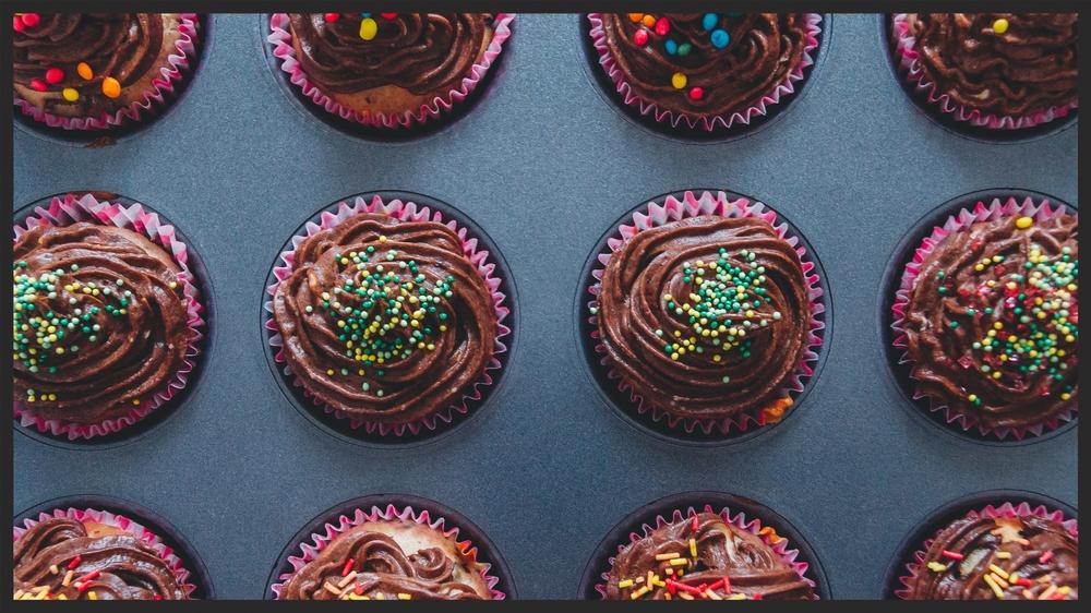 cupcakes dessert sweets chocolate.jpg