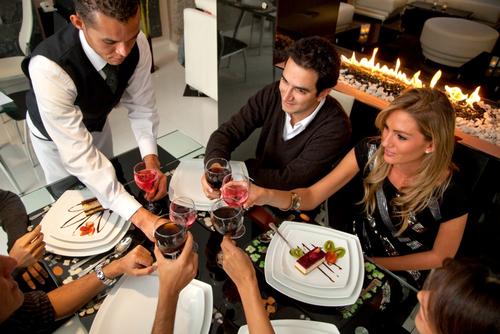 restaurant guests server.jpg