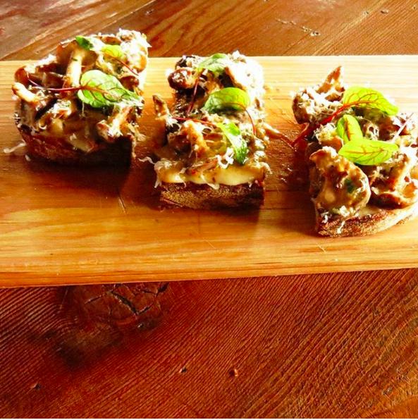 Wild mushroom toast  | Instagram @mhousemb