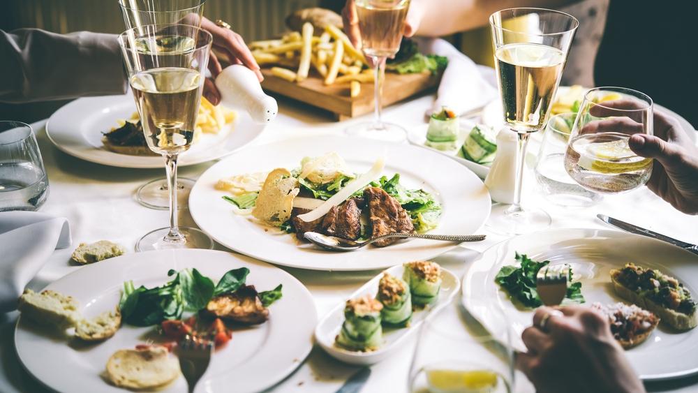 restaurant+meal.jpg