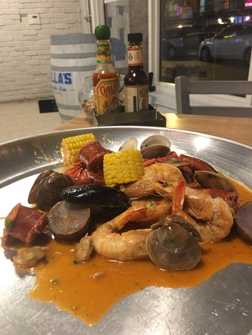 Clambake for Two | PHOTO COURTESY OF ELENA VIVAS