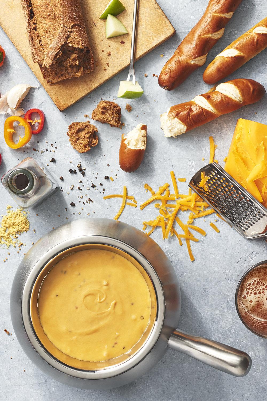 Wisconsin Cheddar Cheese Fondue.jpg