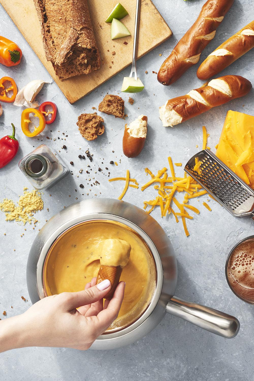 Wisconsin Cheddar Cheese Fondue Pretzel