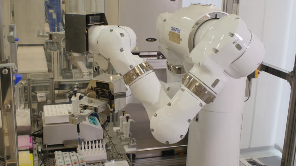 852520796-dual-arm-robot-humanoid-robot-chemical-laboratory-artificial-intelligence.jpg