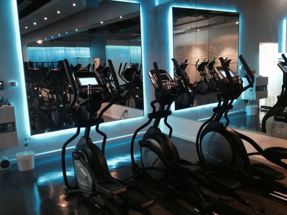 Mood lighting makes it easier to concentrate during your workout.