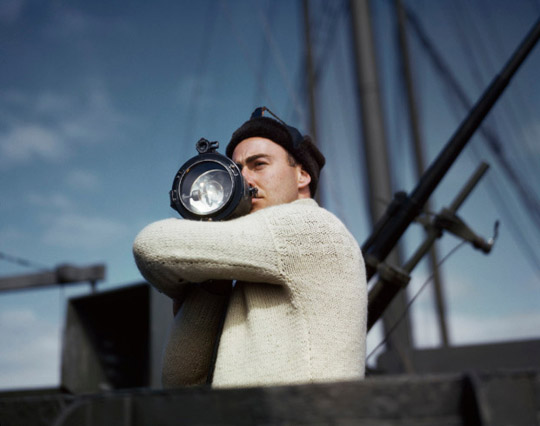 Photograph copyright @Robert Capa