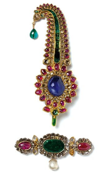 Turban ornament- gold, diamonds, rubies, emeralds, sapphire, pearl. Image: V&A