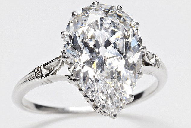 Cullinan IX The smallest of the nine stones, weighing 4.4 carats, was  set into a platinum ring for Queen Mary in 1911. The pear shape is known  as a pendeloque and is mounted in an openwork 12-claw setting. It was  also inherited by The Queen in 1953. Image: MailOnline