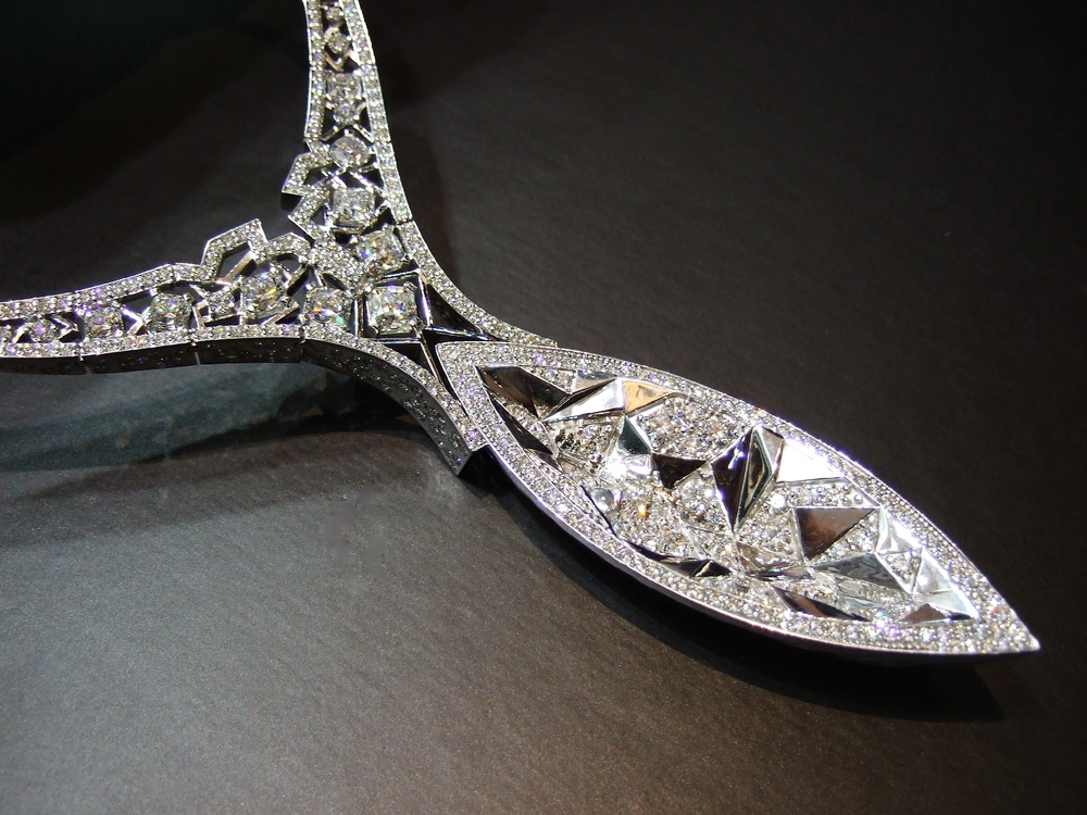 Last, but not the least, an up-close view of Canoe Canadian diamond necklace by Reena Ahluwalia, showcased at Rio Tinto Diamonds booth at Luxury, JCK Las Vegas 2013.