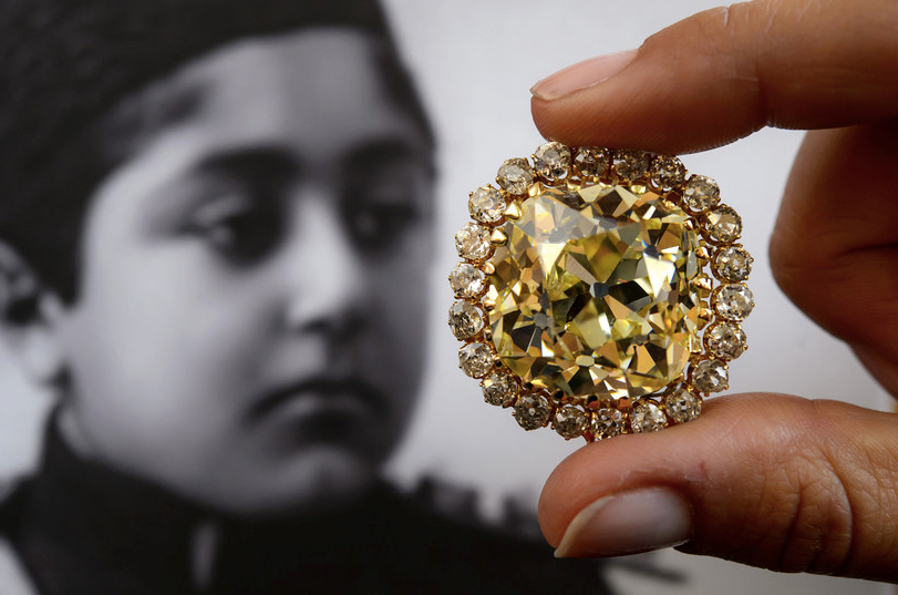 Bejeweled Persia Historic Jewelry From The Qajar Dynasty