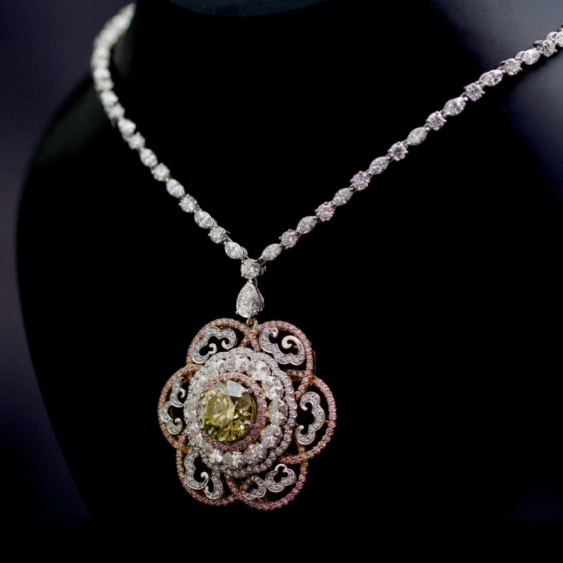 Imperial Greenish-Yellow Diamond Necklace by Reena Ahluwalia_Venus Jewels_Ekati mine_Argyle Pink diamonds_1.jpg