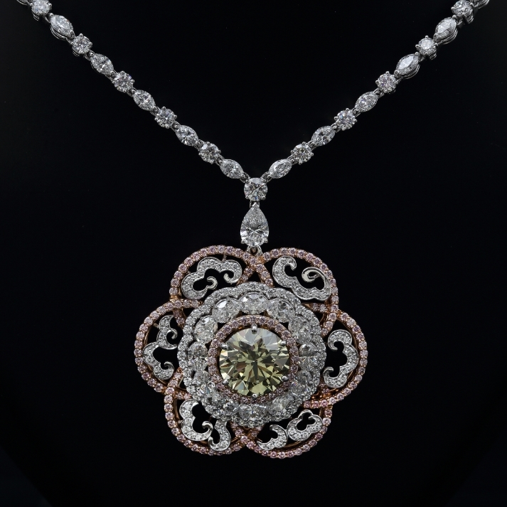Imperial Greenish-Yellow Diamond Necklace by Reena Ahluwalia_Venus Jewel_Ekati mine_Argyle Pink diamonds_2.jpg