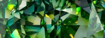 Vivid-Yellowish-Green Diamond_Optimum Diamonds.jpg