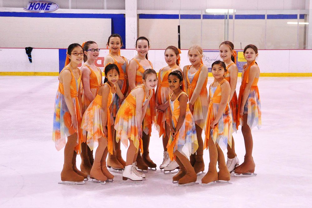 christmas-show-white1-synchro-team.jpg