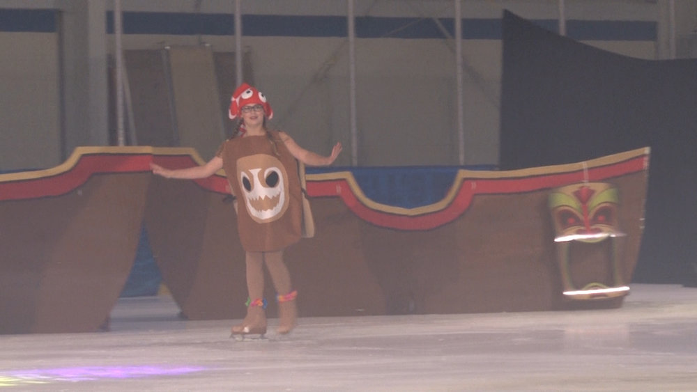 Power Play Maui Skate on Ice 071417.00_59_12_12.Still092.jpg